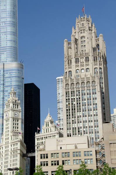Chicago Tribune Wall Art - Photograph - Illinois, Chicago by Cindy Miller Hopkins