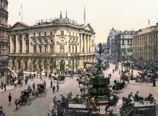 Turn Of The Century Painting - London Piccadilly Circus by Granger