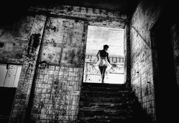 Ballerina Dancing Wall Art - Photograph - N/t by Paulo Medeiros