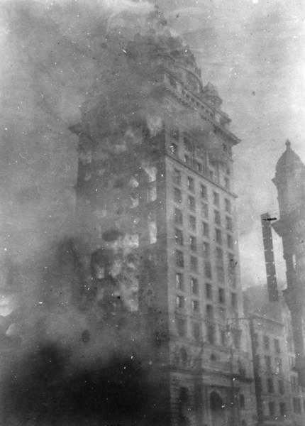 Call Building Photograph - San Francisco Earthquake by Granger