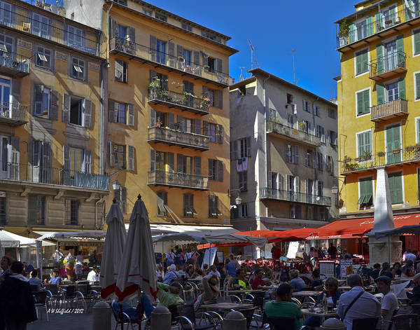 Photograph - A City Square In Nice France by Allen Sheffield