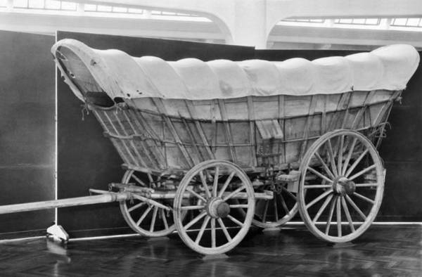 1850 Wall Art - Photograph - A Conestoga Covered Wagon by Underwood Archives