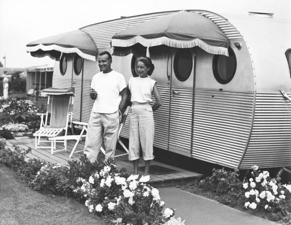 Trailer Photograph - A Couple Beside Their Trailer by Underwood Archives