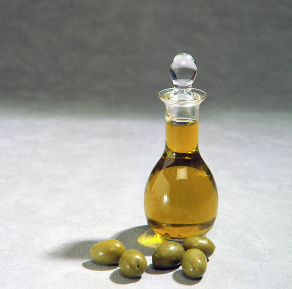 Olive Oil Photograph - A Decanter Of Olive Oil by Sheila Terry/science Photo Library