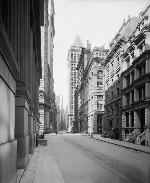 1912 Photograph - A Deserted Wall Street by Underwood Archives