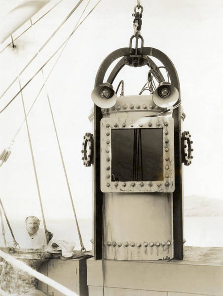 Diving Bell Photograph - A Diving Bell by Underwood Archives