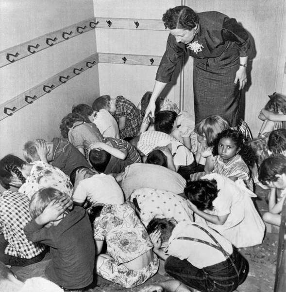Kindergarten Photograph - A Duck And Cover Exercise In A Kindergarten Class In 1954 by Underwood Archives