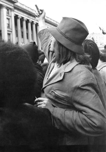 Demonstrators Photograph - A Finger For The Vietnam War by Underwood Archives