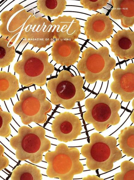 Filling Photograph - A Gourmet Cover Of Sunny Savaroffs Cookies by Romulo Yanes