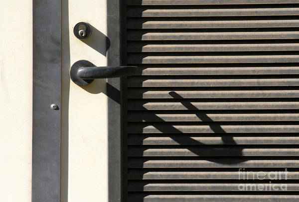Wall Art - Photograph - A Handle On It by Dan Holm