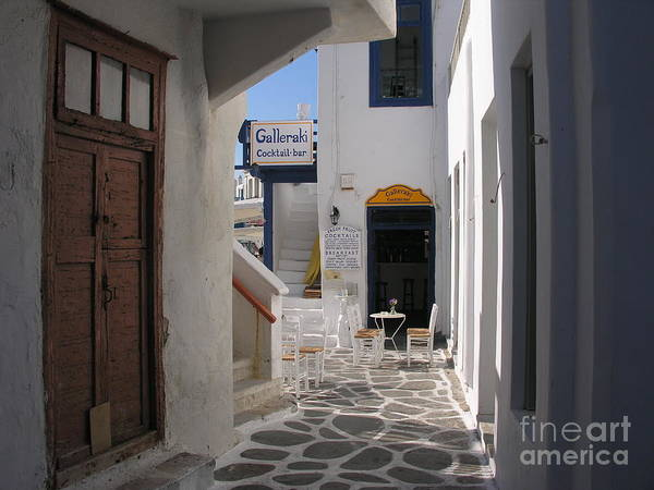 Photograph - A Little Alley Bar by Mel Steinhauer