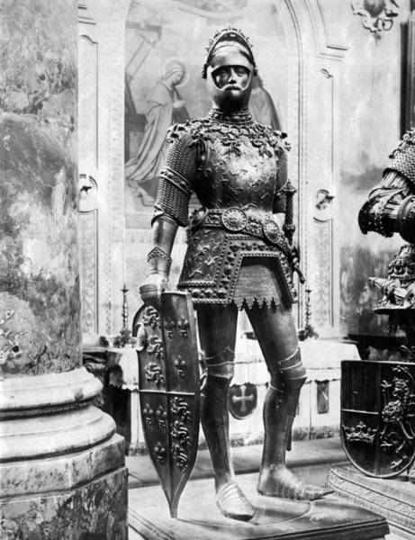 Armored Photograph - A Man In Knight's Armor by Underwood Archives