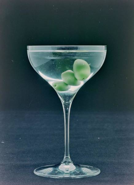 2007 Photograph - A Martini by Romulo Yanes
