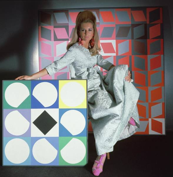 Mod Photograph - A Model Wearing A Stella Robe With Vasarely by Horst P. Horst