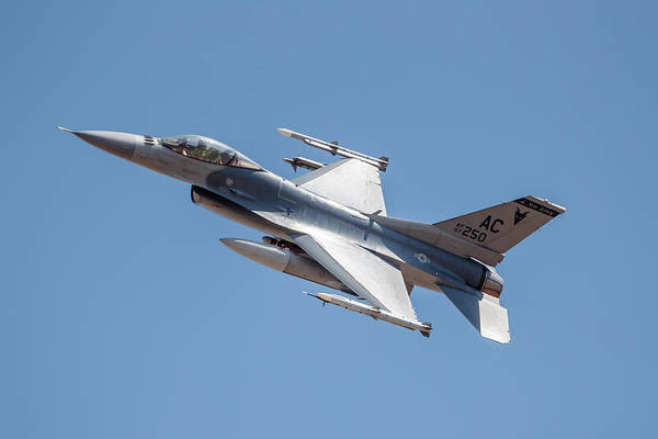 Flying The Flag Wall Art - Photograph - A New Jersey Air National Guard F-16c by Rob Edgcumbe