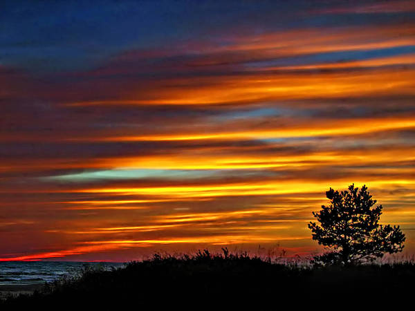 Sauble Beach Photograph - A Night To Remember by Steve Harrington