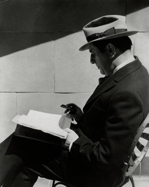 Reading Photograph - A Portrait Of Ernst Lubitsch by Imogen Cunningham