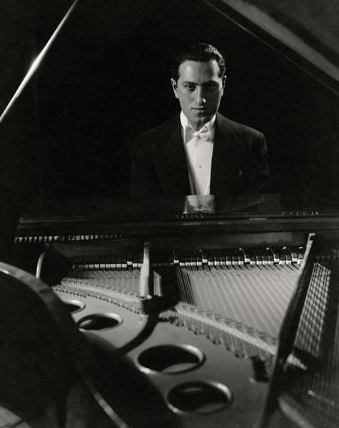 1932 Wall Art - Photograph - A Portrait Of George Gershwin At A Piano by Edward Steichen