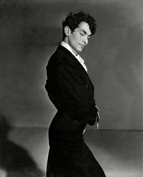 Male Portrait Photograph - A Portrait Of Manolo Vargas by Horst P. Horst