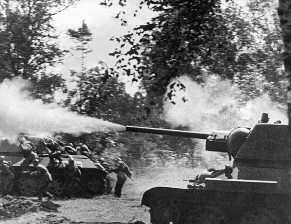 Armored Photograph - A Russian Tank Attacks Germans by Underwood Archives
