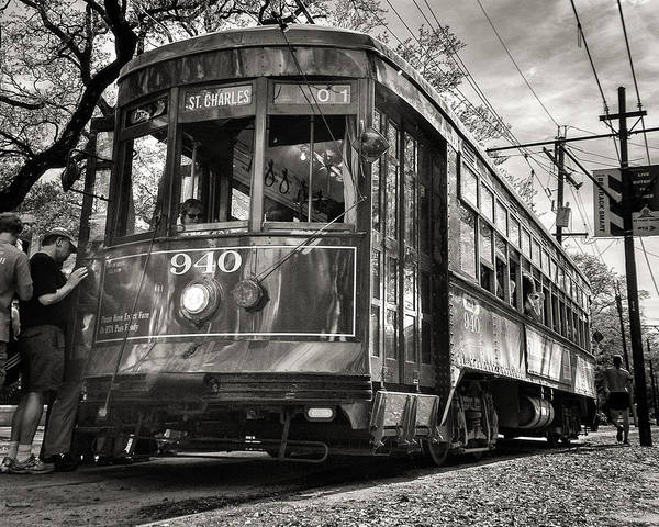 Photograph - A Streetcar Named St Charles by William Beuther