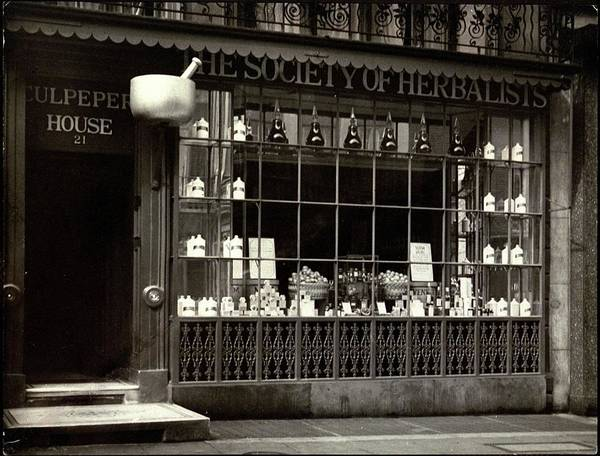 Facade Photograph - A Tea House In London by E. J. Mason