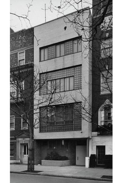 Footpath Photograph - A Townhouse Designed By William Lescaze by Samuel H Gottscho and William Schleisner