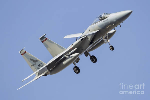 Flying The Flag Wall Art - Photograph - A U.s. Air Force F-15c Eagle by Rob Edgcumbe