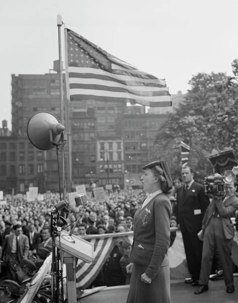 Public Speaker Photograph - A Woman Addressing The Crowd At A D-day by Stocktrek Images