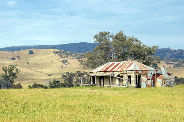 Photograph - Abandoned Farmhouse by Nicholas Blackwell