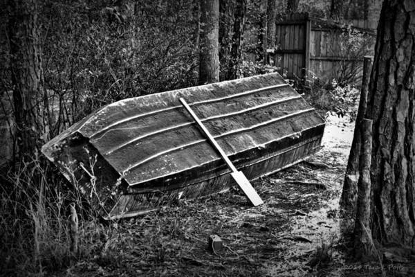 Conyers Photograph - Abandoned Rowboat by Tara Potts