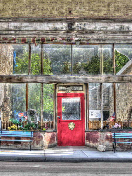 Photograph - Abandoned Shop by Susan Leonard