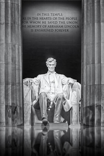 Photograph - Abraham Lincoln Memorial by Susan Candelario