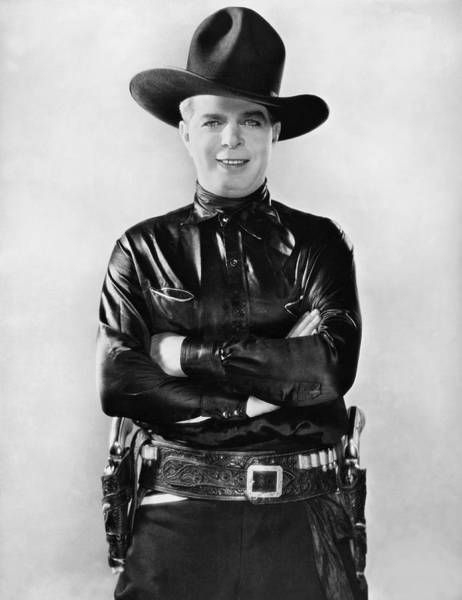Hoot Wall Art - Photograph - Actor Hoot Gibson by Underwood Archives