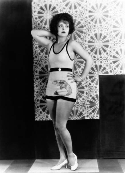 Photograph - Actress Clara Bow by Underwood Archives