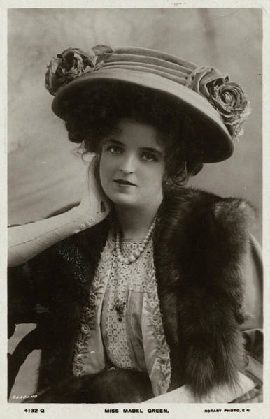 Taper Photograph - Actress Mabel Green (1890 - 1970) by Mary Evans Picture Library