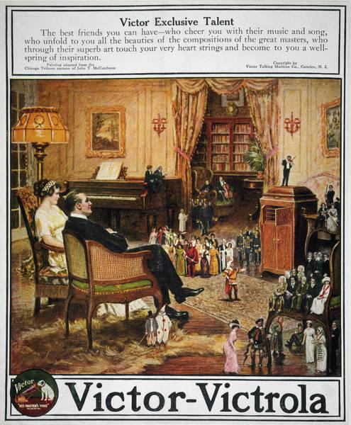 Wall Art - Drawing - Ad Victrola, 1913 by Granger