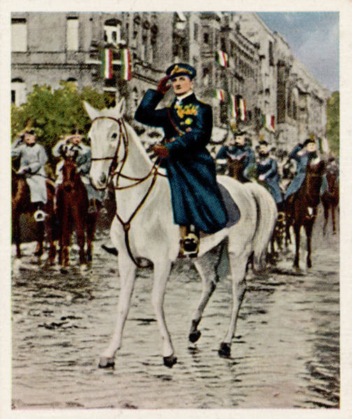 Wall Art - Photograph - Admiral Miklos Horthy De Nagybanya by Mary Evans Picture Library