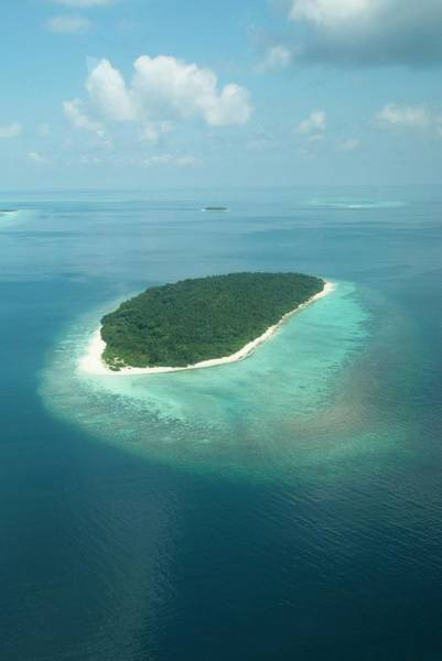 Aerial Of Finolhas Island In The Maldives Art Print