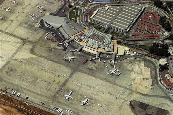 Wall Art - Photograph - Aeropuerto De Valencia by Blom ASA