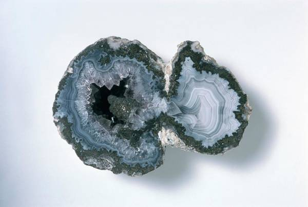 Agate Photograph - Agate Crystal by Dorling Kindersley/uig