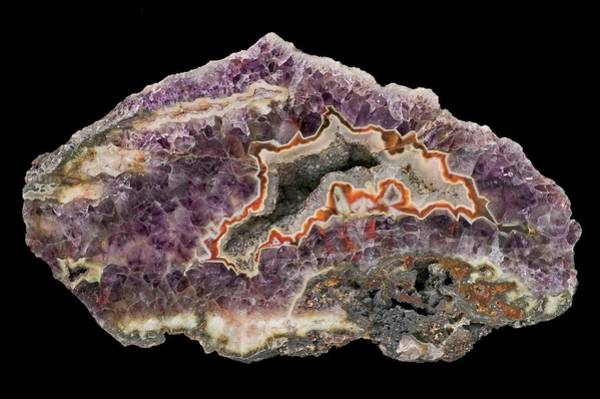 Geodes Photograph - Agate In Amethyst by Natural History Museum, London/science Photo Library