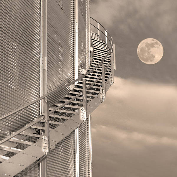 Elevator Wall Art - Photograph - Agri Moon by Don Spenner