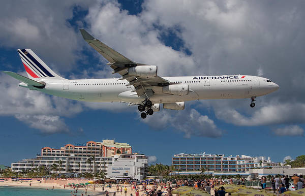 Gleeson Photograph - Air France Landing At St. Maarten by David Gleeson