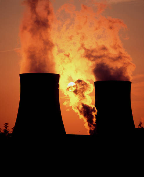 Cooling Tower Photograph - Air Pollution by Martin Bond/science Photo Library