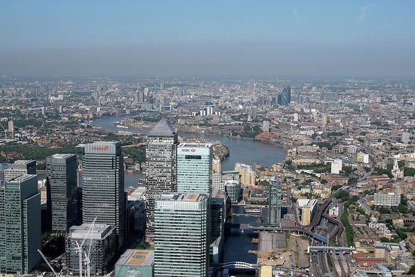 Financial Centre Photograph - Air Pollution Over London by Alex Bartel/science Photo Library
