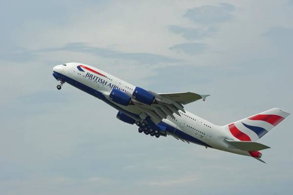 Airbus A380 Wall Art - Photograph - Airbus A380 At Take-off by Mark Williamson/science Photo Library