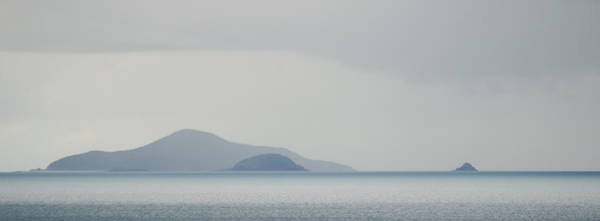 Photograph - Airlie Beach Seascape 1 by Rob Huntley