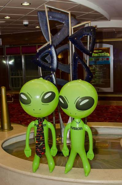Photograph - Aliens And Whatamacallit by Richard Henne