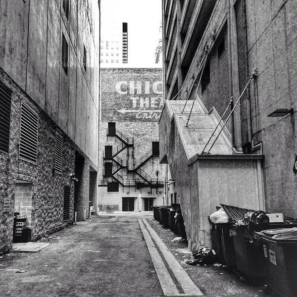 Blackandwhite Wall Art - Photograph - Alley By The Chicago Theatre #chicago by Paul Velgos